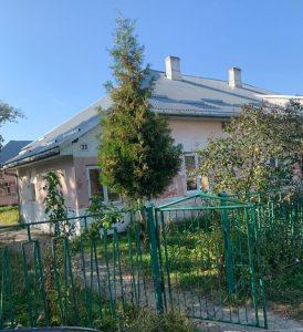 Лише під тиском окремих депутатів амбулаторію в Гірському збережено для мешканців села